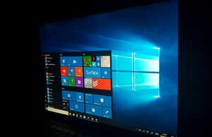 Windows 10 900