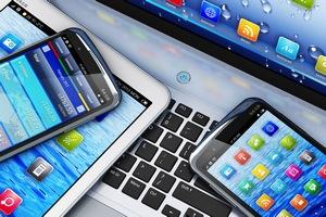 Мировые поставки ПК, планшетов и мобильных телефонов снизятся почти на 14%