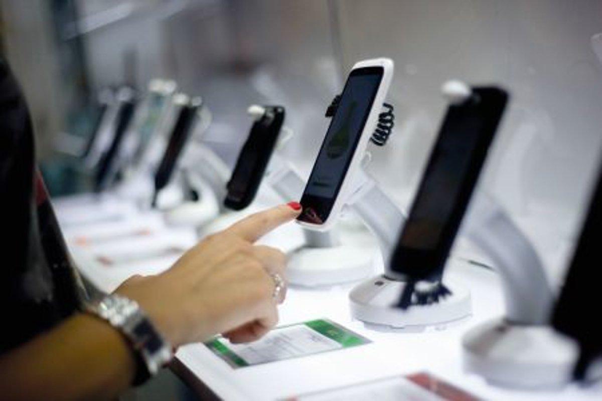 На российском рынке смартфонов господствуют азиатские бренды