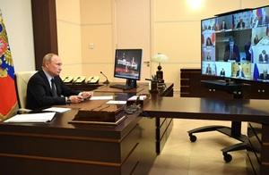 Путин обсудил меры поддержки ИТ-сферы с отраслевыми руководителями