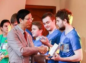 Huawei обучает уральских студентов искусственному интеллекту