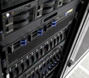 Доля систем хранения данных на базе флэш-памяти растет