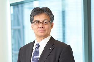 Президента Fujitsu лишили 50% зарплаты