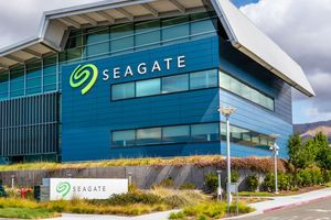 Рост рынка компьютеров не помог Seagate