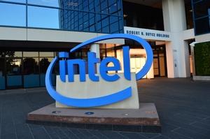 Аналитики повышают прогнозы по акциям Intel