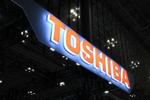 Акции Toshiba растут накануне возвращения в первую секцию Токийской биржи