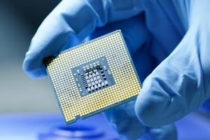 Растущий дефицит чипов грозит больно ударить по производителям электроники