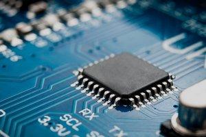 Дефицит чипов благоприятствует бизнесу SMIC