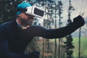 Рынок VR/AR-завершил год с падением на 9%