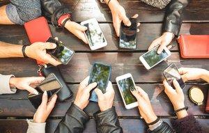 Аналитики пророчат возвращение рынка смартфонов к росту в 2021 году