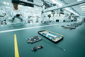 Аналитики ухудшили прогноз по мировому производству смартфонов в 2021 году