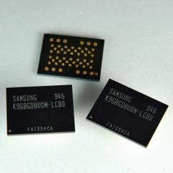 Samsung выпускает 30-нм DDR flash-память и чипы с плотностью 3 бита на ячейку.